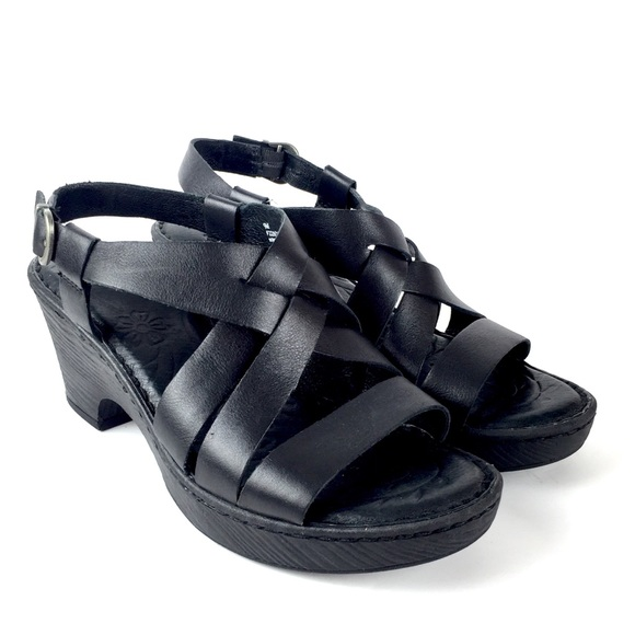 d52a3f118f9 Born Shoes - Born Carmo Wedge Sandal Strappy Shoes Size 9M